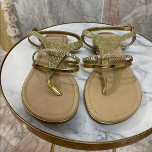 Madeline Stuart gold blitz sandals size 9.5